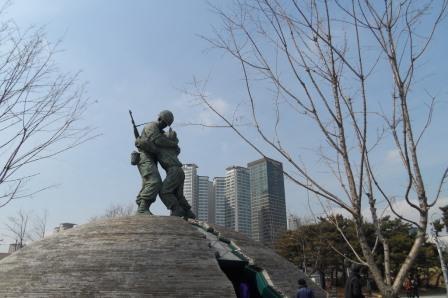 Военный музей в Сеуле 전쟁기념관